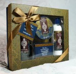 Aroma therapy gift set- 35 Health And Wellness Gift Ideas