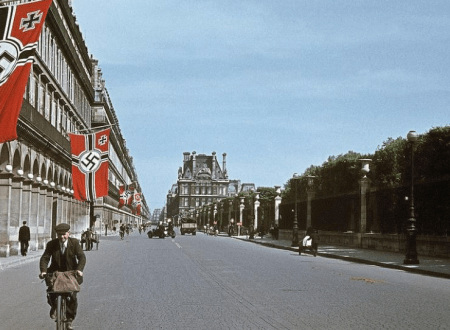 http://www.dailymail.co.uk/news/article-2417335/Paris-Nazi-lens-Propaganda-images-occupied-French-capital-citizens-thriving-German-rule.html