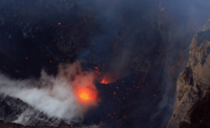 http://edition.cnn.com/videos/tv/2015/02/21/wonder-list-up-close-with-the-volcano.cnn