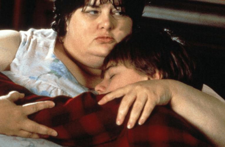 映画『ギルバート・グレイプ』の母親役が亡くなる。レオナルド・ディカプリオがメッセージ。