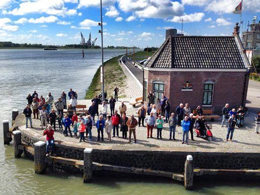 Elbe ontvangst thuis