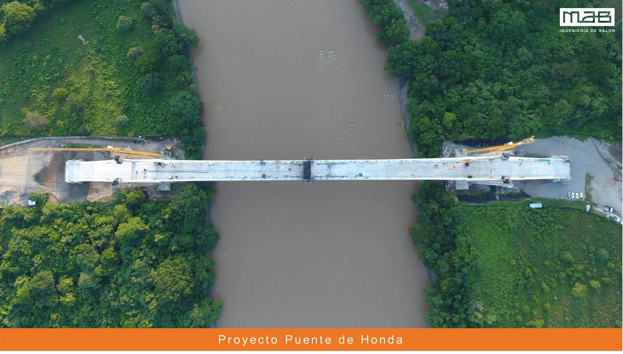 Fundida de dovela de cierre – Puente de Honda