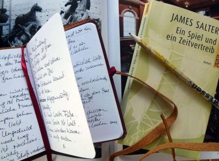 Notizsammlung mit Buch für Projekte MABEBU