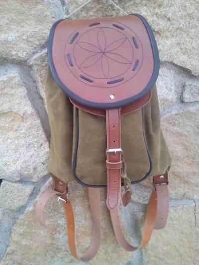 mochilas de piel, mochilas, artesania, hecho a mano, piel, cuero, mochilas de cuero, verde