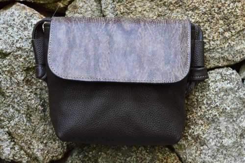 bolso bicolor cuadrado, bolso señora, bolso de piel, bolso de cuero, artesania, hecho a mano