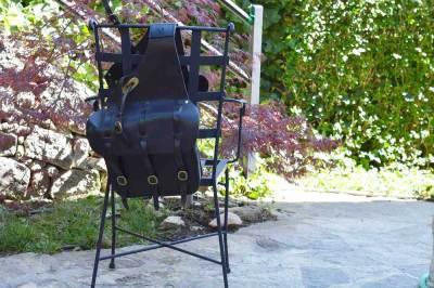 alforja de cuero, alforja para motos, moteros, cuero, piel, alforja para caballos, artesania, hecho a mano