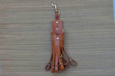 Porta caza, portacaza, cinturaon, mosqueton, conejos, perdices, caza, campo
