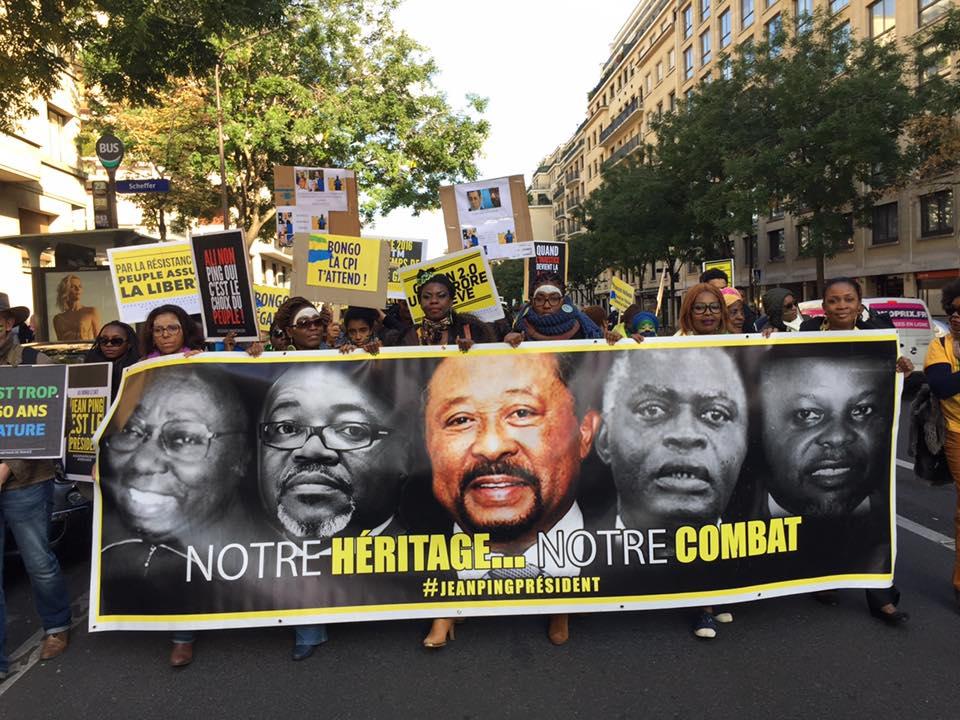 Les Trocadéro men et les interdictions de séjour fictifs