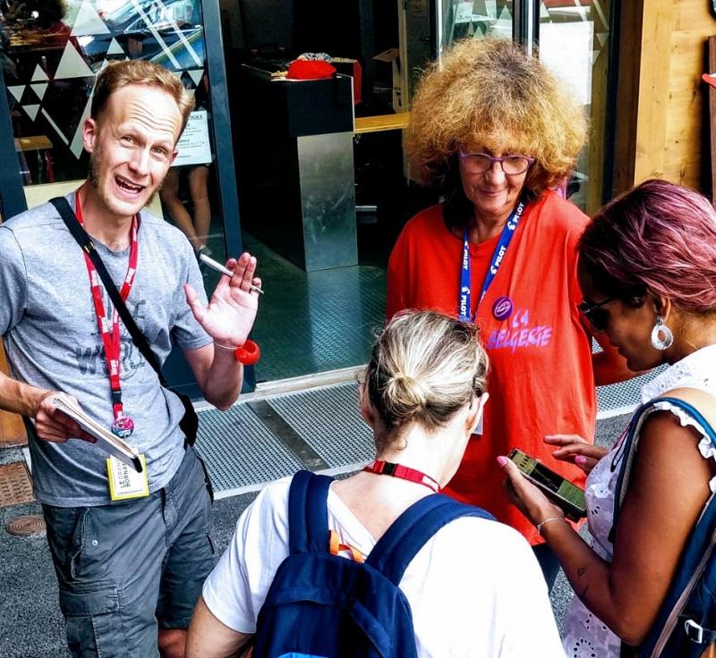 interview avec Sylvie Bries qui chapeaute La Belgerie, une équipe d'une cinquantaine de bénévoles passionnés qui aident à monter tout le festival.