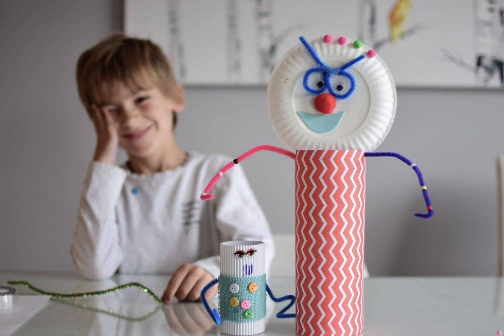 Enfants et bricolage