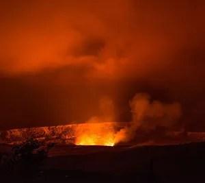 火山 溶岩湖 マグマ カルデラ 噴火 火山探検 火山探検家 接近 場所