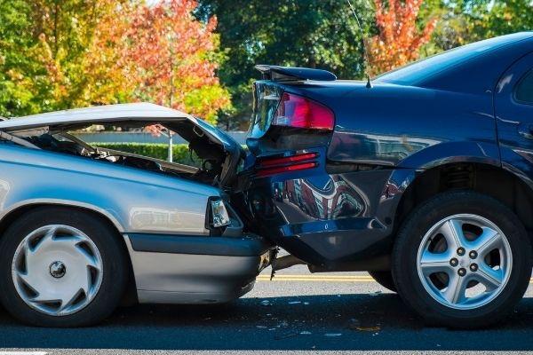 rear-end-car-crash-in-cadwell