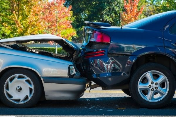 rear-end-car-crash-in-pine-mountain