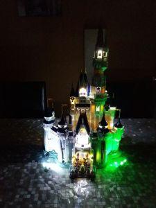 Montage du kit led sur le Château LEGO® Disney par Guillaume - Ma brique lumineuse
