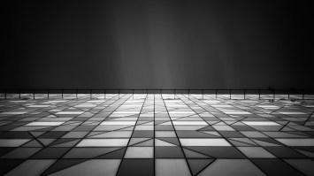Walking-On_Glass_I-Radisson-Blu