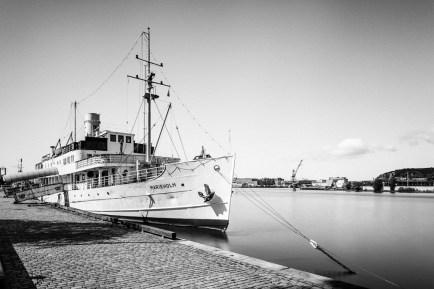 Marieholm-Göteborg-Harbor-Mabry-Campbell