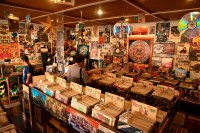 27 Breathtaking Record Stores You Have To Shop At Before ...