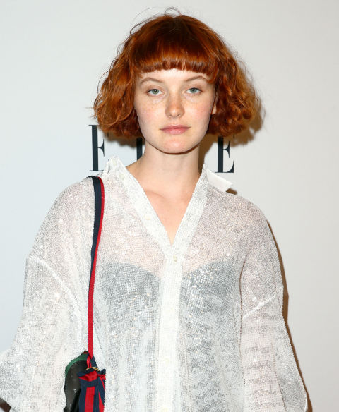 Musician Kacy Hill shows us the freshest way to break up a cropped bob: cropped, thick, and even bangs.