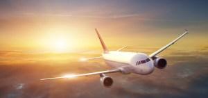 Macargo-transporte-marítimo-avión
