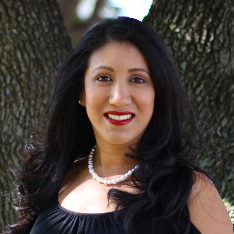 Martha Muniz Zavala, DNP, CNM - MacArthur Medical Center