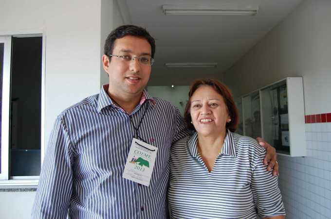 Secretário de educação de Macau, Rodrigo Aladim e a deputada Fátima Bezerra.