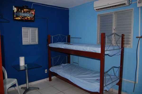Apartamento equipado com Ar condicionado e TV com  Sky