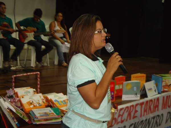 ELIANE PEREIRA, DIRETORA PEDAGÓGICA, COORDENOU O EVENTO.