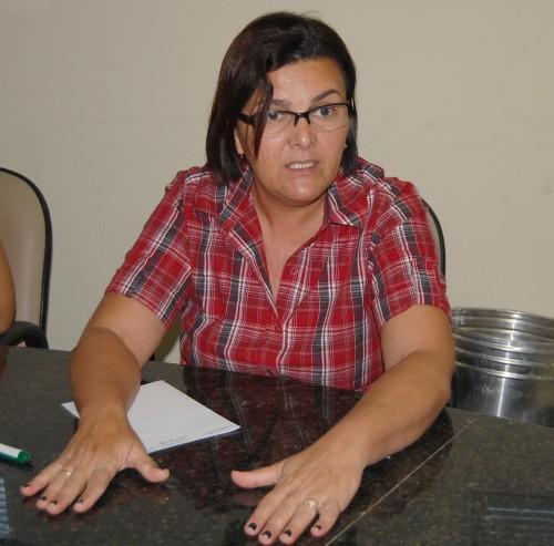 Secretária Josy Martins discute assuntos de interesse da coletividade