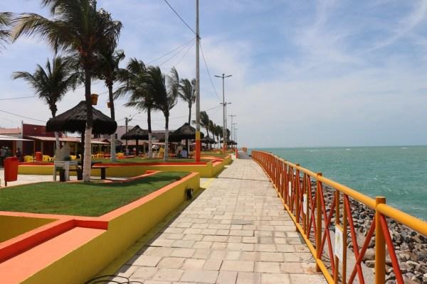 Praia limpa e revitalizada