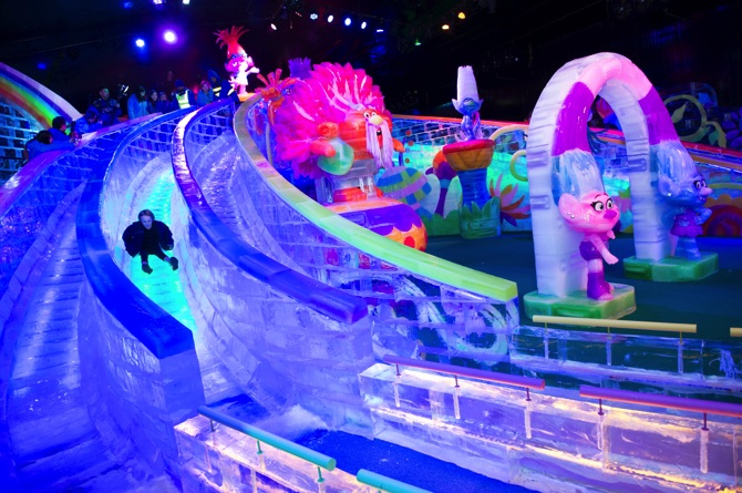 The Venetian Opens Indoor Ice Sculpture Exhibition MACAU DAILY - Where is macau in the world