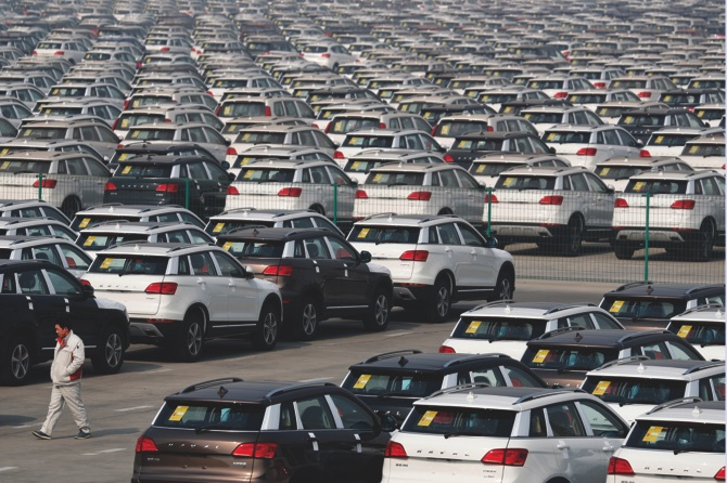 China's total vehicle sales flat in May