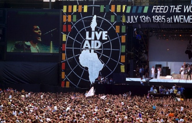 This Day In History 1985 Live Aid Makes Millions For