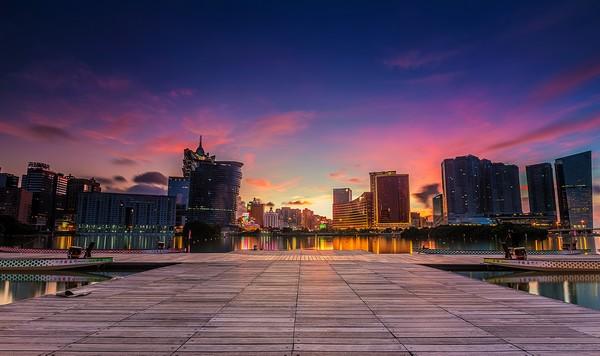 Macau's gambling revenue plunges by a third in November