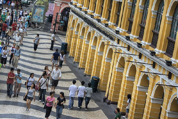 Nearly 1/4 of Macau's population speaks English