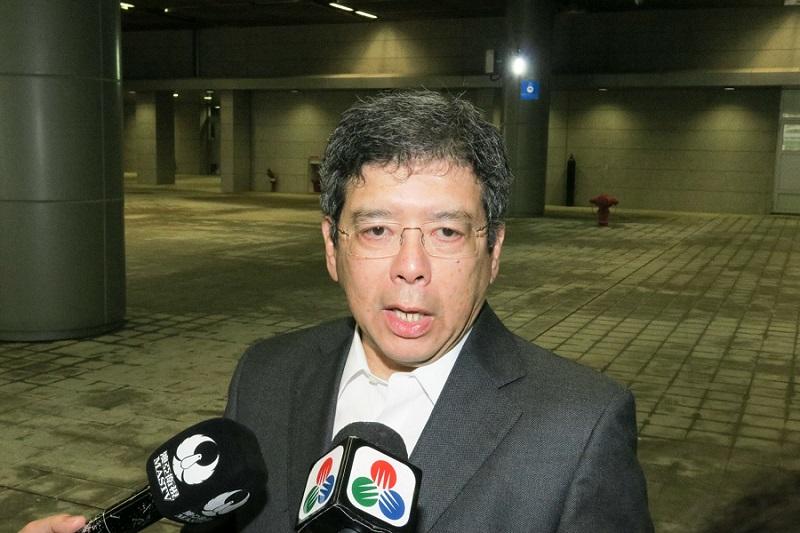 Raimundo do Rosário apologises for Macau's Meteorological Bureau failure