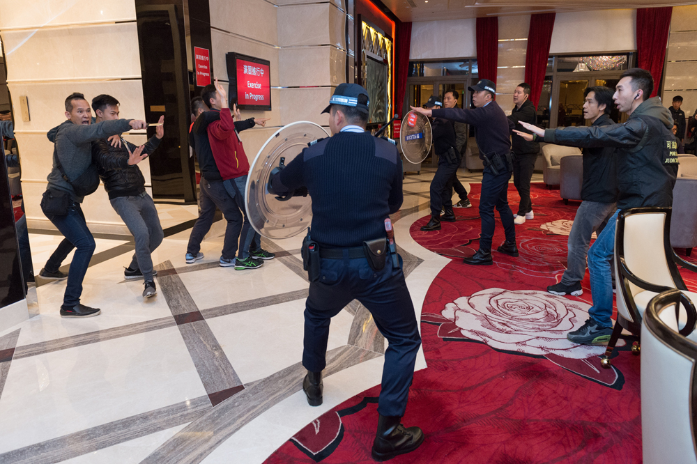 Police carry out 1st casino emergency response drill