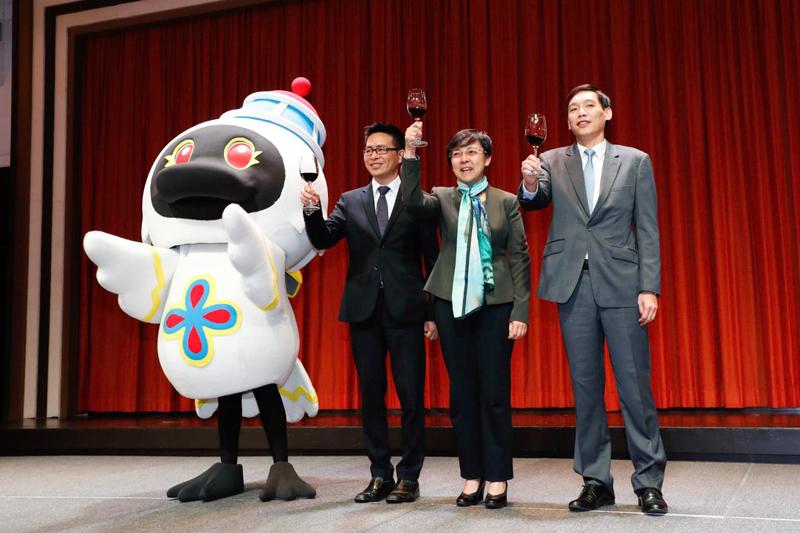 Record 35.8 million visit Macau last year