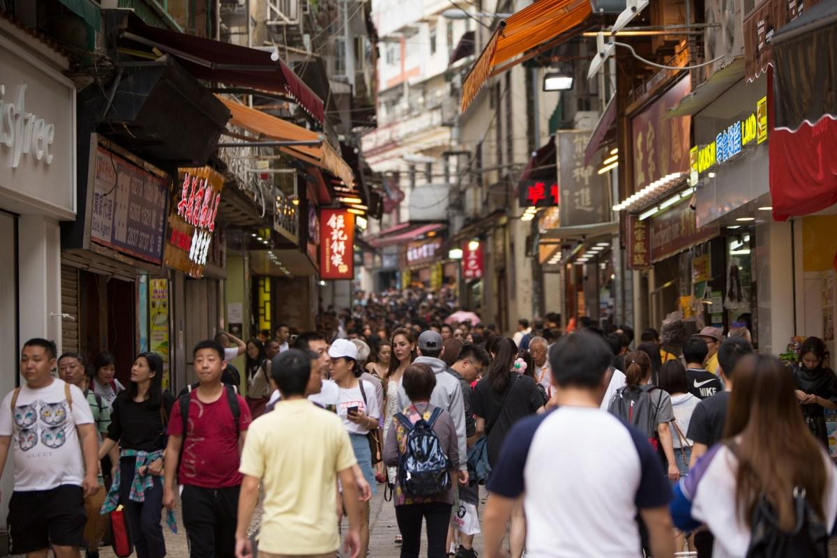 Govt launches online survey on tourist tax