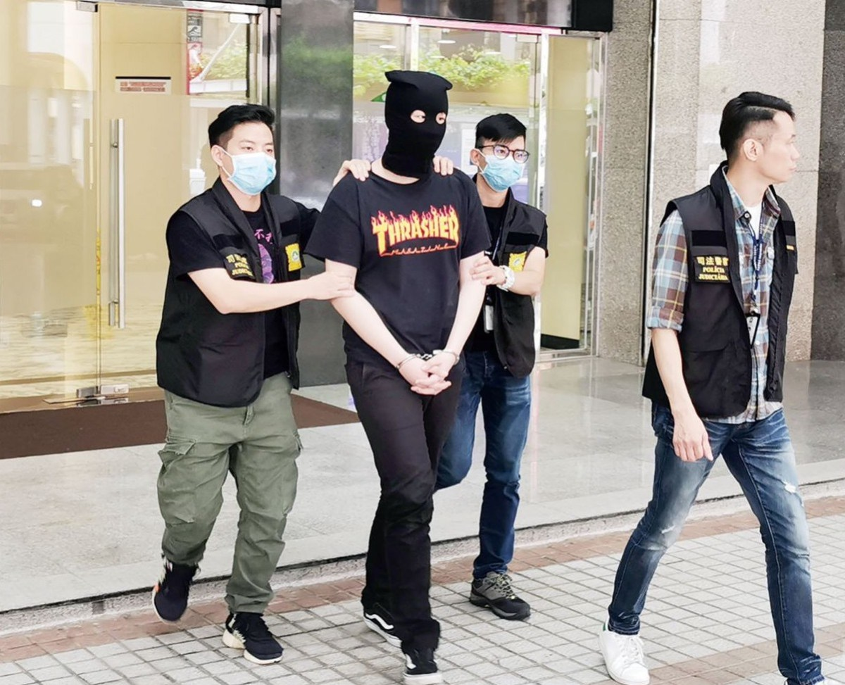 Hong Kong youngsters arrested in Macau for selling drugs