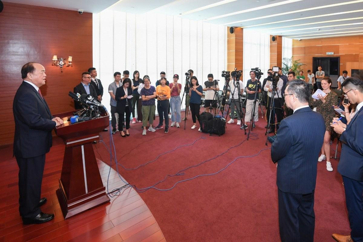 Ho says still listening to opinions on choosing policy secretaries