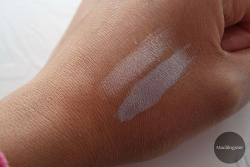 swatch beMineral Mineral loose eyeshadow glimpse