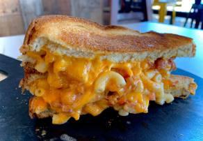 MacCheesy | Deluxe Mac & Cheese Restaurant | Joplin, MO