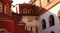 Από το αφιέρωμα δεν θα μπορούσε να λείπει και η όμορφη αγιογραφία της Παναγίας στον τοίχο της μονής Βατοπεδίου
