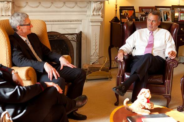 Speaker John Boehner meets with Tim Cook, CEO of Apple, at the U.S. Capitol. May 15, 2012. (Official Photo by Heather Reed)