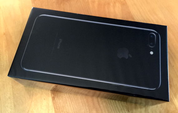 Apple iPhone 7 Plus, Jet Black, 256GB