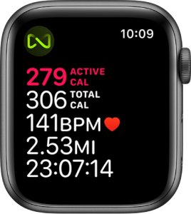 Apple Watch Connected program: A Workout screen that details a treadmill workout. A symbol in the top-left corner indicates that Apple Watch is wirelessly connected to the treadmill.