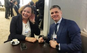 Apple Crimea Ukraine: Lisa Jackson and Vadym Prystaiko meet at the World Economic Forum in Davos, Switzerland