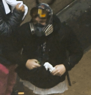 Suspect with 'molotov cocktail' in downtown Seattle
