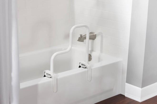 7 Tips For Creating A SeniorFriendly Bathroom  Macdonald