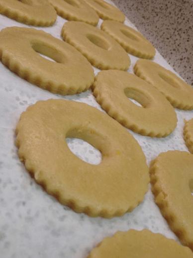 Lemon Rings Biscuits